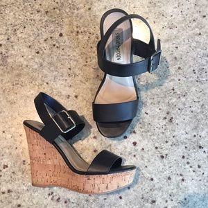 Steve Madden Shoes - Steve Madden strappy wedge sandals